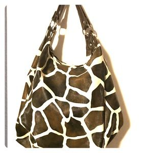 Stonez roomy hobo style tote one snap closing