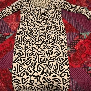 Black and white abstract midi dress