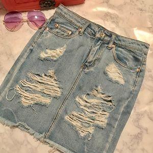 Trendy! Forever 21 Denim Distressed Skirt
