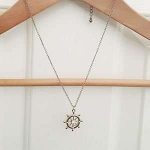 • lunnfox • preppy boat wheel necklace •