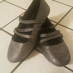 Other - Used condition little girls shoes size 1