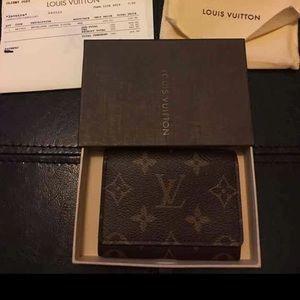 Louis Vuitton Authentic card holder wallet EUC