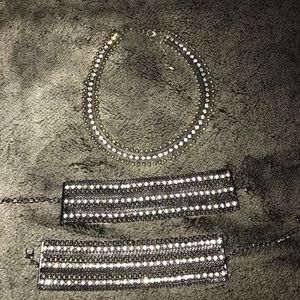 Chocker and Bracelet set