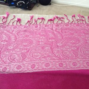 Accessories - Pink Indian Wool Scarf