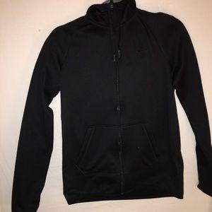Black nike therma fit sweatshirt NEVER WORN