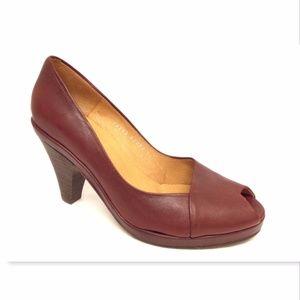 New COCLICO Size 38 Dark Red Leatehr Peep Toe Pump