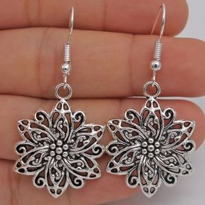 Cute Silver Floral Earrings