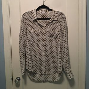 Aritzia T. Babaton Button Up