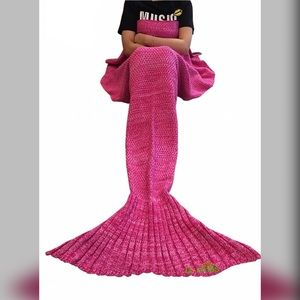 "~ Adult Mermaid Blanket, 71"" x 35.5"""
