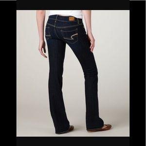 NEW American Eagle Artist Blue Jeans Dark Wash Sz2