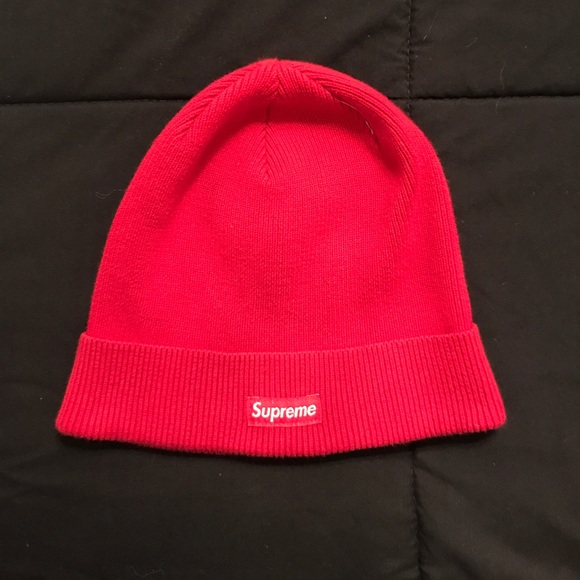 Supreme red skull beanie from 2014 winter drop 🔥.  M 59eda97a6802786d850c69e1 ca339f4cd1c