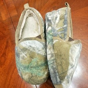 Other - Boys Camouflage Slippers.  Size 11/12