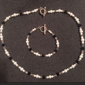 Custom faux pearl black bead necklace bracelet set