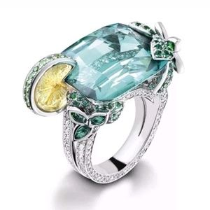 Jewelry - Cocktail Jewel Ring