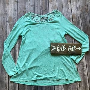 Charming Charlie Hi-low Crochet Top Size Small