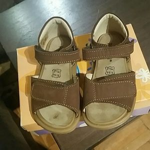 Primigi toddler boy sandals size Eur 23 (US 7)