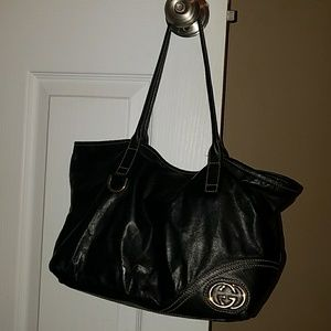 Authentic Gucci Black Leather Small Shoulder
