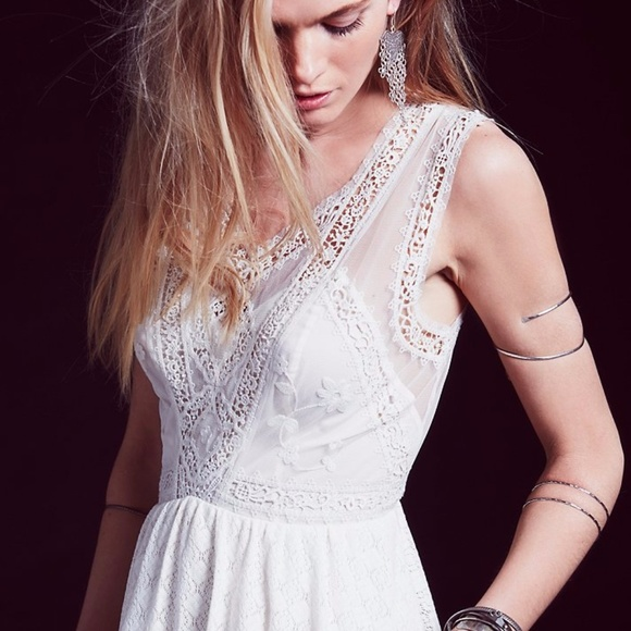 Free People Dresses & Skirts - NEW Free People Sleeveless Victoria Dress lace