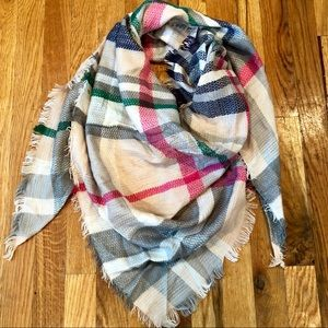 🆕 Pink, Green, Grey Triangle Scarf