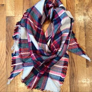🆕 Hot Pink & Navy Triangle Scarf