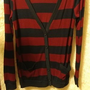 Red & Blue Striped Cardigan ( harry potter ⚡)