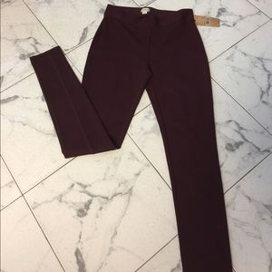 NWT Burgundy leggings in Xsmall by Cremieux.