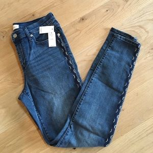 Gap True Skinny Embroidered Jeans size 30 tall
