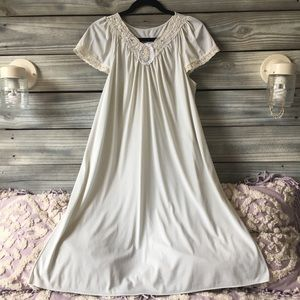 Vintage ShadowLine Nightgown