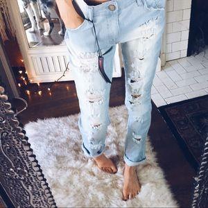 Denim - [Size 3] Lightwashed Destroyed Boyfriend Jeans NWT