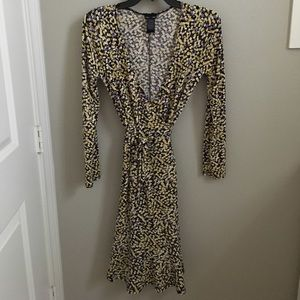 Cute Max and Cleo Wrap Dress