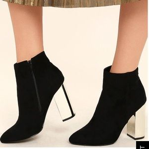 Lulu's a black suede booties w/ Mirrored Heel