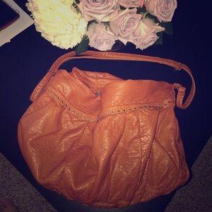 urban outfitter etote shoulder bag