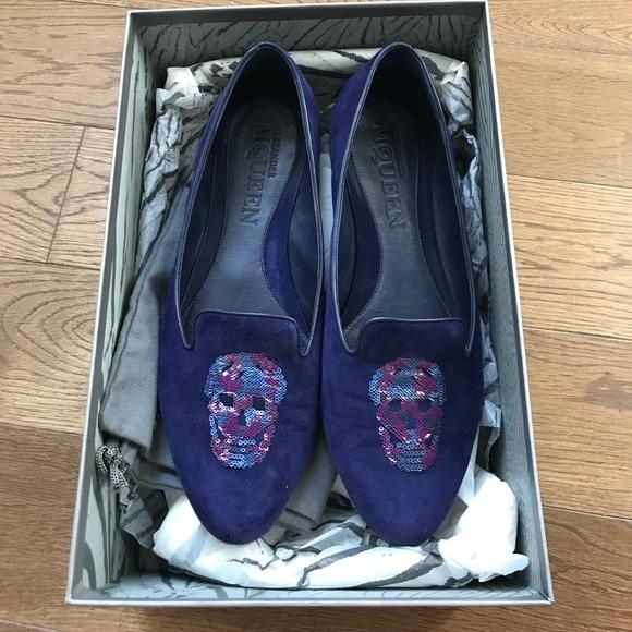 fcec700dd85a7 Alexander McQueen Shoes - Alexander McQueen suede skull loafer flats