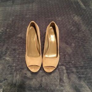 Franco Sarto suede peep toe heels, cream, 9M