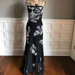 Cache strapless dress, size medium