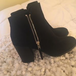 Size 7 Black Suede Booties