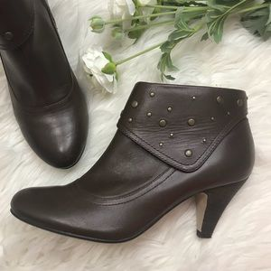 Seychelles Short Heeled Studded Booties 6