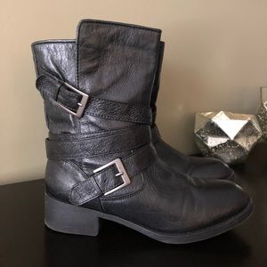 Steve Madden Black Leather Buckled Booties