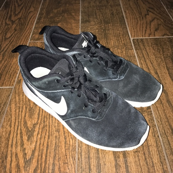 sports shoes 52c09 3f3aa Men Nike Air Max Tavas LTR Black Suede Shoes 8.5. M 59ee0bd83c6f9f20d60d68a6