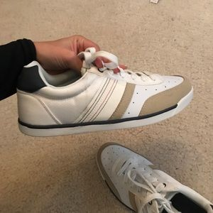 Tommy Hilfiger shoes, worn twice size 9 mens