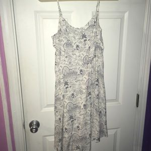 Old Navy Summer Dress with Fair pattern