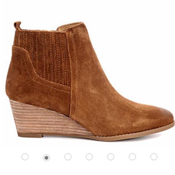 00c004ea555 Franco Sarto Wayra Wedge booties