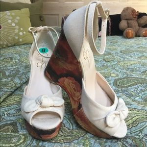 Size 8 Jessica Simpson platform shoes worn once