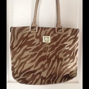ANNE KLEIN Large Leo Shoulder Bag