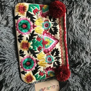 Embroidered Canvas Clutch❤️