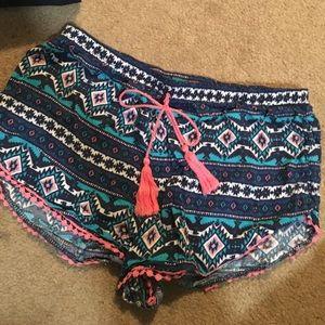 Pants - Cute comfortable shorts size medium