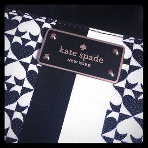 Kate Spade Neda Penn Place Wallet - Black/White
