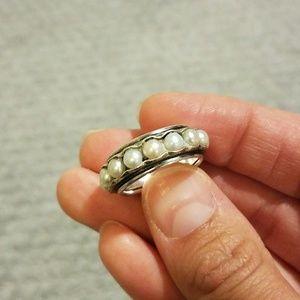 Silpada pearl ring