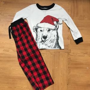 Boys Pjs perfect for the holidays  EUC