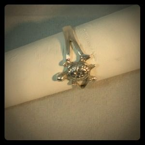 Sterling Silver Turtle Fashion Ring